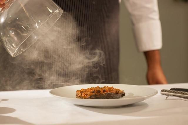 Bring dein Date zu einem Restaurant mit Michelin-Stern in Berlin